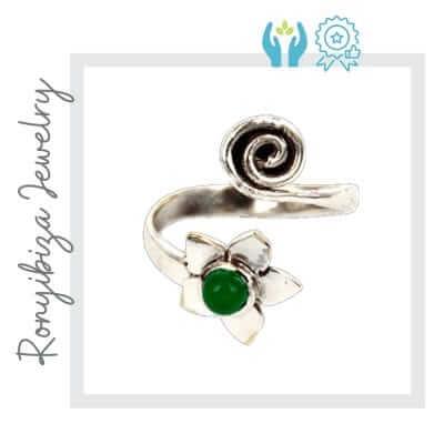 Anillo artesanal piedra verde